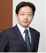 講師 平山 賢太郎